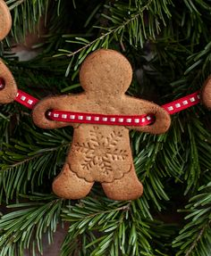 Gingerbread Man Cookie Garland (use google translate)