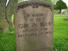 Willoughby Ohio Cemetery - Girl in Blue Willoughby Ohio, Grave Headstones, Snow Wolf, Cemetery Art, Graveyards, Stone Art, Art And Architecture, Family History, Genealogy