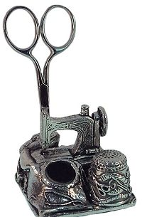 Needlework - Pewter Sewing Station 8903