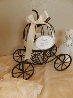 Carriage Wedding Card Holder; cuuuute!