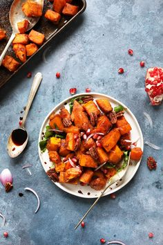 delicious-sweet-spicy-roasted-squash-salad-with-cinnamon-sugar-pecans-and-pomegranate-molasses-vegan-glutenfree-thanksgiving-recipe