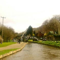 /lift bridge/llangollen canal