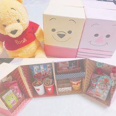 韓国で人気になった「お菓子冷蔵庫」が、日本でもブームに!子供だけでなく大人も思わず笑顔になるサプライズは、誕生日やバレンタインに最適。100均材料を使った作り方と、とびきりキュートなアイディアをご紹介します。