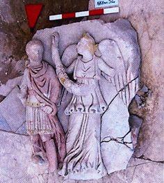 Kocaeli Müzesi'nden Çalınan Renkli Kabartma Panolar