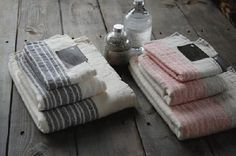 Kontex Towels KONTEX Flax Line This luxurious organic cotton towel from Imabari Japan is woven in gentle low speed with the old-fashioned weaving machine.
