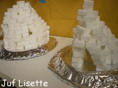 Iglo bouwen met suikerklontjes: heb ik gedaan in 3e kleuterklas: super om te doen!