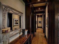 Clarendon Road Calgary Alberta @ Sotheby's.... hallway