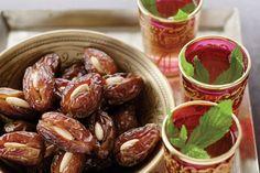 Almond-stuffed dates main image