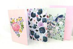 Pakkauksessa on kolme 2-osaista korttia.