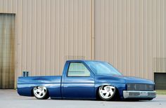 Clean Bagged 92 Nissan Hardbody