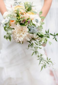 Sweet bouquet: http://www.stylemepretty.com/new-york-weddings/yonkers/2014/04/10/romantic-alder-manor-wedding/ | Photography: Elisabeth Millay - http://www.elisabethmillay.com/