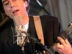 Joaquin Sabina - Contigo  Yo no quiero domingos por la tarde; Yo no quiero columpio en el jardin; Lo que yo quiero, corazón cobarde, Es que mueras por mí.  Y morirme contigo si te matas Y matarme contigo si te mueres Porque el amor cuando no muere mata Porque amores que matan nunca mueren. <3 <3 <3