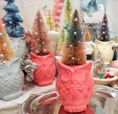 Ombre Pink & Blue Sisal Bottle Brush Christmas Tree OWL Ornament Display