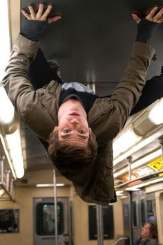 Andrew Garfield in The Amazing Spiderman, hi. I'm Peter, I'm just hangin here