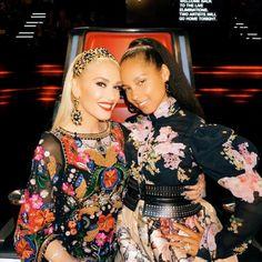 Gwen in one of our fab dresses 💖 Hot Black Women, Sexy Women, Gwen Stefani And Blake, Season 12, Blake Shelton, Her Music, Miley Cyrus, Beautiful Children, The Voice
