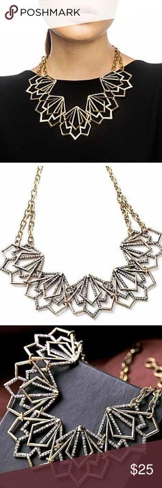 ❤️NEW❤️ Beautiful Triangle Layered Crystl Necklace Beyond gorgeous necklace! Gold toned. Brand new. All jewelry is buy 2 get 1 free. Jewelry Necklaces