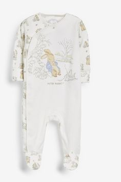 Up To 1 Month ~ Up To 10 Lbs ~ Peter Rabbit And Heart  Designed Cream Sleepsuit