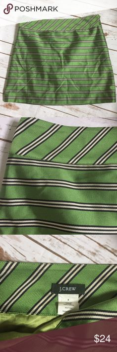 J. Crew Mod Retro Silk Green Stripe Mini Skirt 6 J. Crew Mod Retro Silk Green Stripe Mini Skirt Sz 6 Excellent condition. No flaws  100% silk  Side zip  Lined  Back mirrors front   Measurements in inches when laid flat:  Waist: 16 Hips: 19 Length: 16.5   /344/ J. Crew Skirts Mini