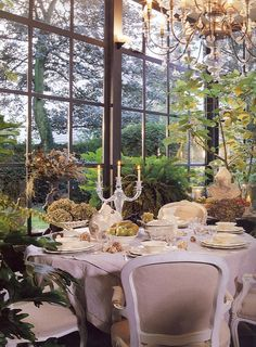FROM MY WINDOW: Romantic Autumn Table
