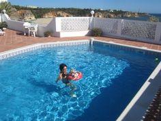 Sonnige Fewo mit Pool für 2 Personen (  2 Jugendliche) direkt am Meer in 1a Lage   Ferienhaus in Carvoeiro / Lagoa von @homeaway! #vacation #rental #travel #homeaway