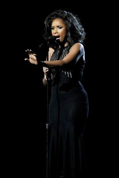 """Jennifer Hudson's AMAZING rendition of """"I will always love you"""" in memory (in tribute) to the terrible loss of Whitney Houston."""