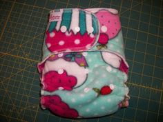 FREE Simple Diaper-Sewing Tutorials: One-Size Hybrid Fitted