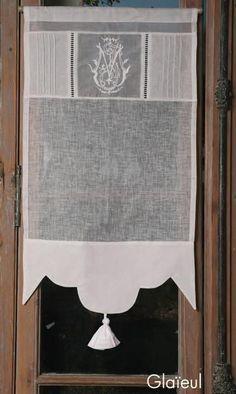 : Brise-bise brodé lin blanc Modèle GLAIEUL 35x90 cm