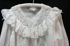 POET'S NIGHT GOWN : BATTENBURG LACE & RUFFLE PURE WHITE COTTON #christmas #christmasgift #gifts #holidayshopping #victorian #vintage #nightgown #battenburg #lace #cotton #poet #romance