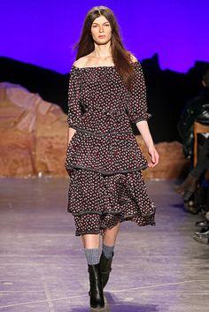 Band of Outsiders Fall 2012 Ready-to-Wear Fashion Show - Emilia Nawarecka