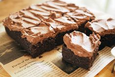 Easy and delicious Mint Brownies recipe. The perfect dessert for a party Easy and delicious Mint Brownies recipe. The perfect dessert for a party Ww Desserts, Weight Watchers Desserts, Gluten Free Desserts, Healthy Desserts, Dessert Recipes, Healthy Fudge, Healthy Recipes, Vegan Fudge, Healthy Candy