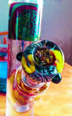 Such an awesome piece to smoke out of.. Look at all the colors!