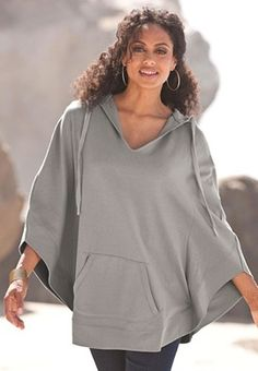 Hooded Fleece Poncho...looks so warm and comfy!