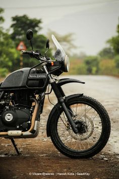 royal enfield new model Royal Enfield Thunderbird Modified, Royal Enfield Modified, Motos Royal Enfield, Himalayan Royal Enfield, Royal Enfield Classic 350cc, Bike India, Royal Enfield Wallpapers, Bullet Bike Royal Enfield, Royal Enfield Accessories