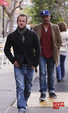 i like his fashion style! #ScottCaan