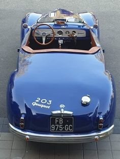 Citroen Ds, Peugeot 203, Cars And Motorcycles, Transportation, Classic Cars, Automobile, Bmw, Pine, Vintage
