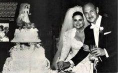Delta Burke wedding cake Elvis And Priscilla, Priscilla Presley, Gerald Mcraney, Dixie Carter, Freddy Rodriguez, Liquor Shop, Jean Smart, Delta Burke, First Anniversary