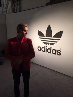 Justin Bieber: Where am I? #fahloexclusive I got u :)