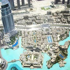 From the top of Burj Khalifa, everything just looks like Lego! Amazing views all over Dubai, UAE