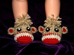 These adorable Sock monkey slippers are available new born up to 2 years(message age)if not i will make them new born.Made with 100% washable wool yarn.