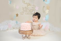 I love you to the moon and back, twinkle twinkle little star cake smash with Nicole Starr Photography