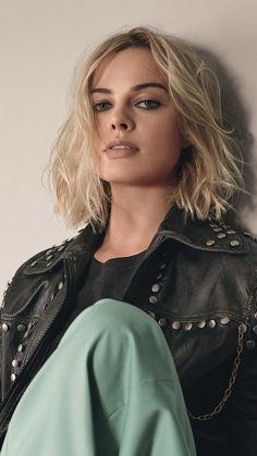 #MargotRobbie #Robbie #Margot