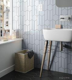 chevronwall-skyblue-scale-hexagon-bathroom