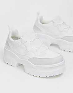 Page 3 - Discover women's trainers with ASOS. From trainers to plimsolls and retro styles, ASOS offers a great alternative to a smart pair of shoes. Shop now at ASOS. Chunky Sneakers, Best Sneakers, Sneakers Nike, Sneaker Outfits, Safari, Asos, Baskets, Plimsolls, Platform Sneakers