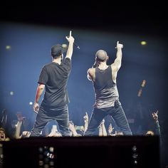 Mike and Chester in Leipzig #TheHuntingPartyTour #Linkin Park