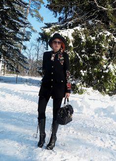 The wardrobe of Ms. B: Snow