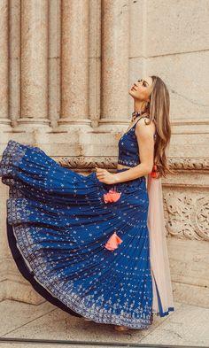 Yellow Lehenga, Indian Skirt, Choli Designs, Indian Bridal Outfits, Stylish Jewelry, Pink Fabric, Lehenga Choli, Digital Photography, Mehndi