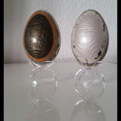"""""""Les jumelles"""" set de deux oeufs d'oie (avec support) : Accessoires de maison par elena-moeri-creatrice-de-bijoux-et-objets-decoratifs"""