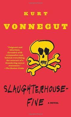Slaughterhouse-Five von Kurt Vonnegut http://www.amazon.de/dp/0440180295/ref=cm_sw_r_pi_dp_1e.Jvb0TKDB5M