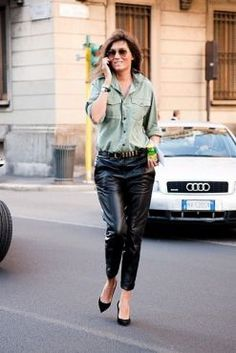 weite_lederhose_wide_leg_leather_pants_emmanuelle_alt_1.jpg