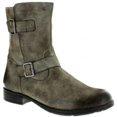 Womens ankle boots in cigar color. Soft and removable insole, rubber non-slip sole in large sizes from Remonte. Cigar, Ankle Boots, Stylish, Fashion, Ankle Booties, Moda, Fashion Styles, Cigars, Ankle Bootie
